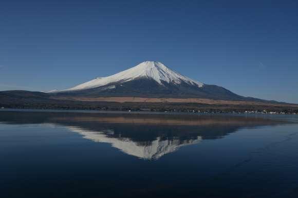 S__03DSC_5172山中湖からの富士山.JPG